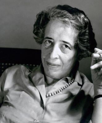 """LIBURU AURKEZPENA: """"Indarkeriaz"""", Hannah Arendt @ Katakrak"""